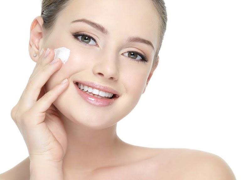 Các bước chăm sóc da mặt đẹp vào buổi sáng