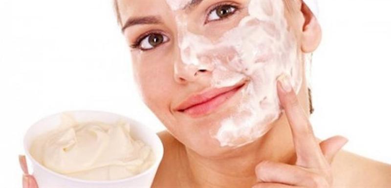 Cách khôi phục da bị cháy nắng bằng sữa chua