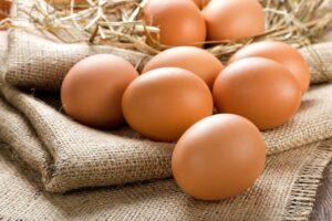 Cách làm đẹp da mặt bằng trứng gà
