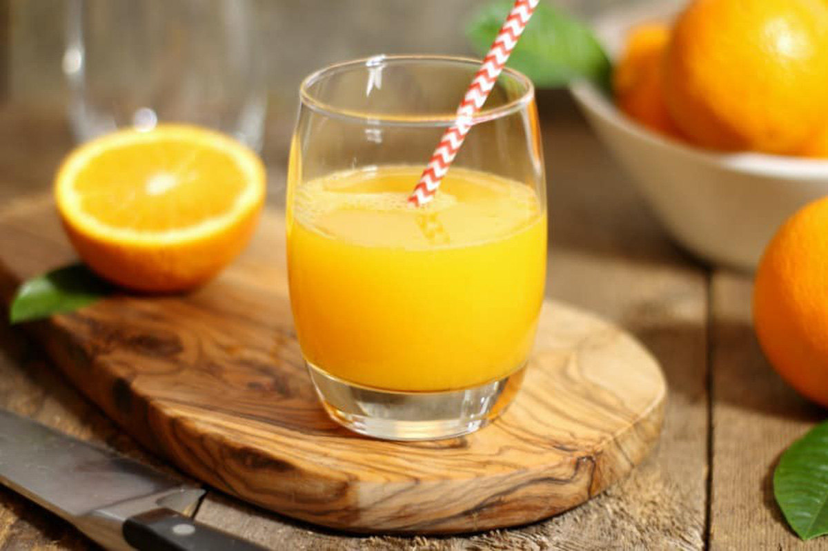 uống nước cam mỗi ngày có đẹp da